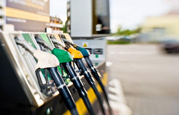 cosa fare contro lo spreco di carburante