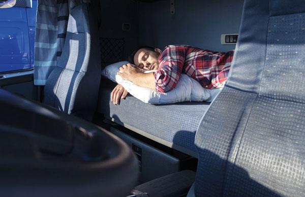 le ore di riposo obbligatorie per un autotrasportatore